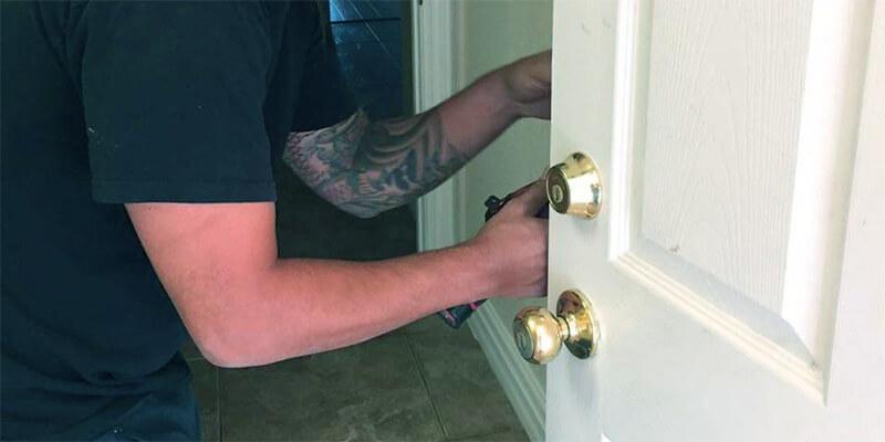 house locksmith service - Speedy Locksmith LLC