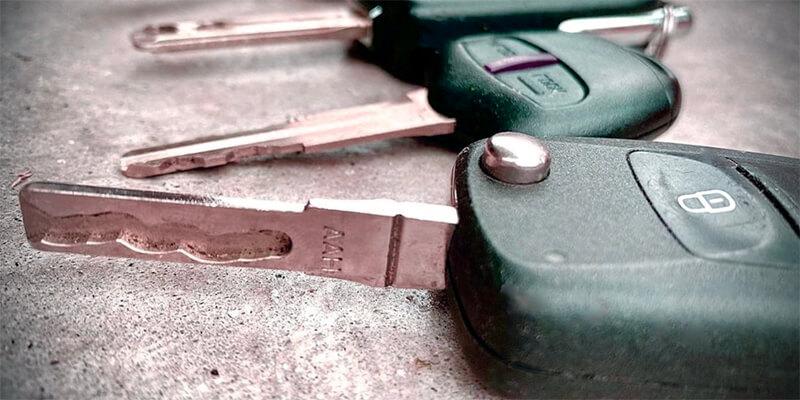 cut car keys - Speedy Locksmith LLC